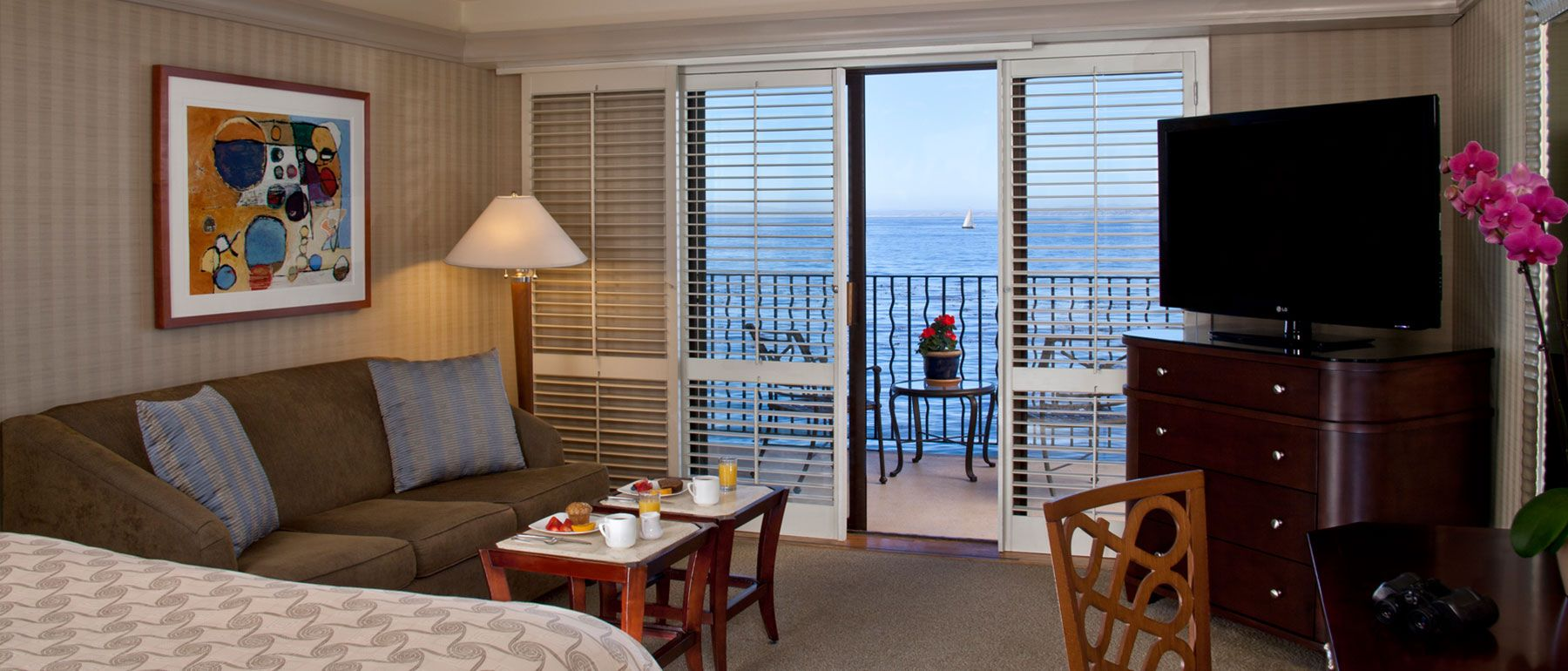 Oceanfront Room in Monterey Bay Inn Hotel